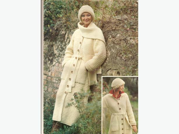 Ladies knitted coat and hat