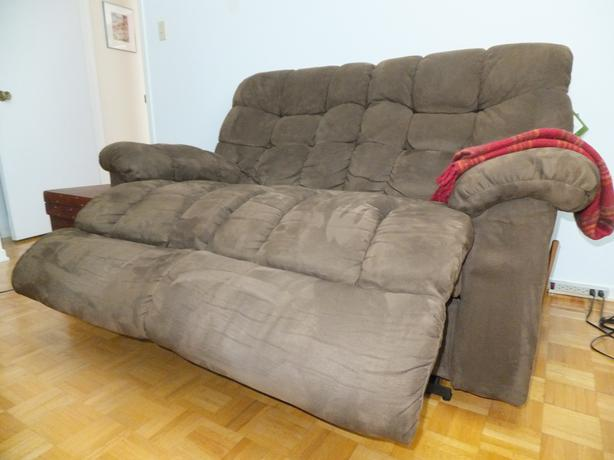 Laz-y-Boy sofa