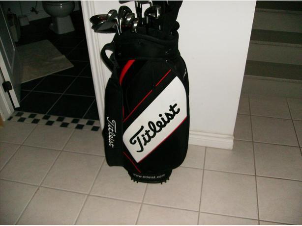 Titleist staff bag