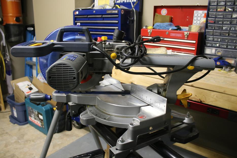 mastercraft maximum 12 sliding mitre saw with laser manual