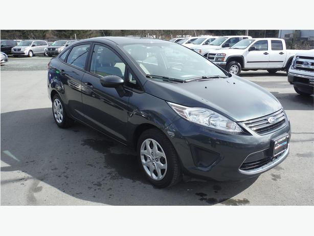 2011 ford fiesta new front brakes accident free bc only courtenay comox valley mobile. Black Bedroom Furniture Sets. Home Design Ideas