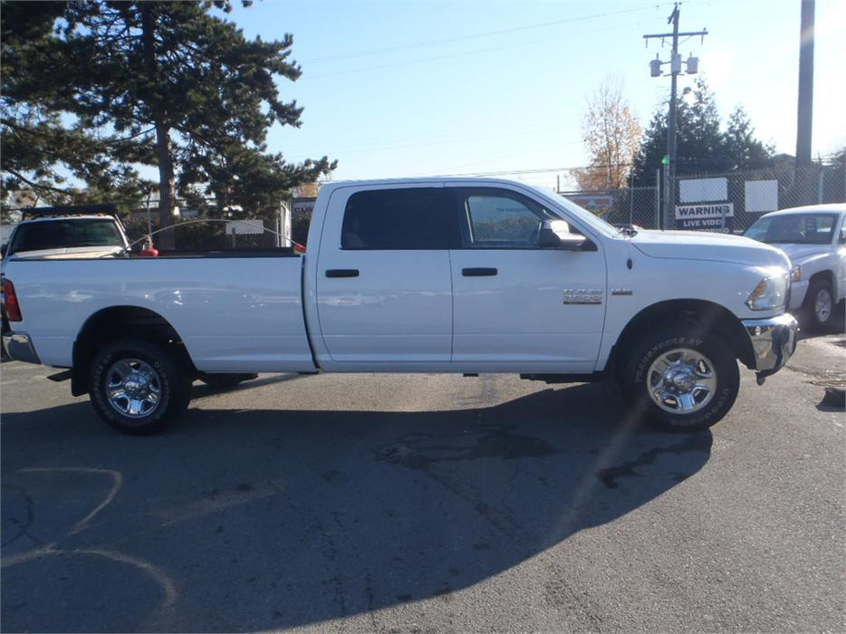 2014 dodge ram 2500 hemi slt crew cab long box 4wd outside okanagan okanagan mobile. Black Bedroom Furniture Sets. Home Design Ideas