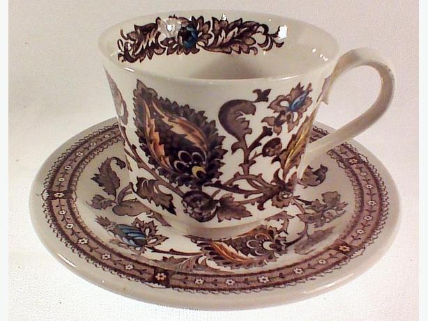 Ridgway Jacobean teacup & saucer