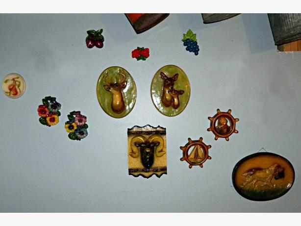 CHALKWARE  WALL  PLAQUES