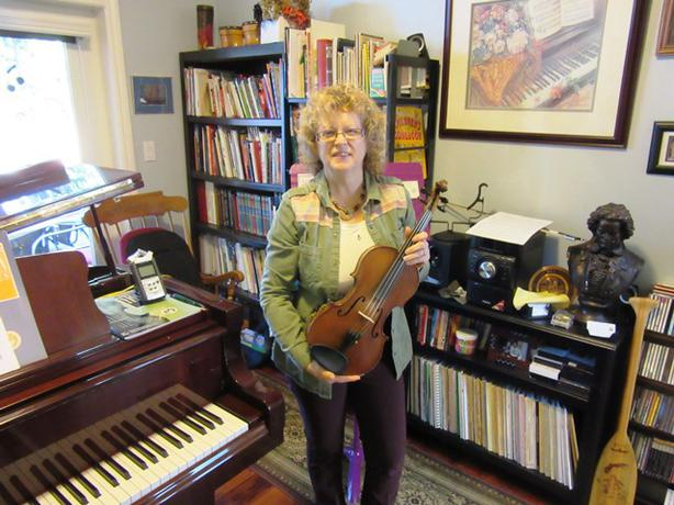 NANAIMO Violin Lessons by Louise Cianflone, M. Ed. (2011)