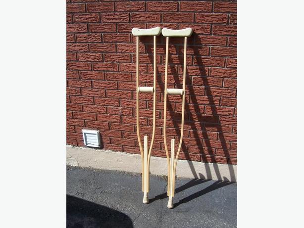 Adult Wood crutches