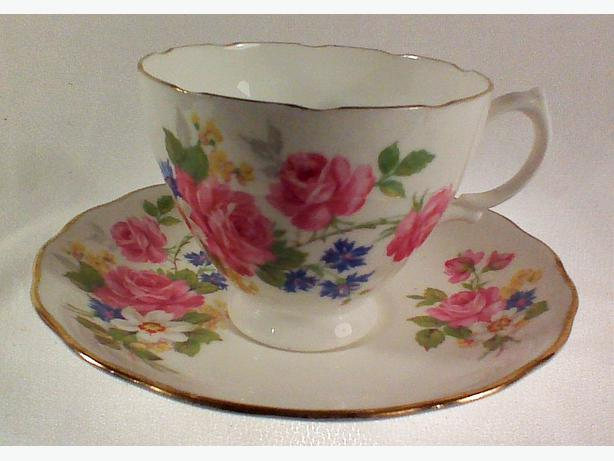 Crown Essex floral teacup & saucer