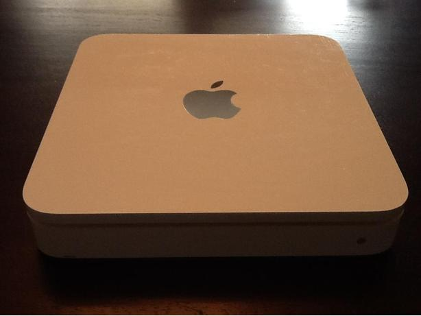 Apple 500gb time capsule and router