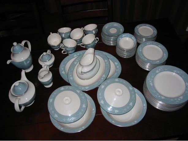 Royal Dalton Dinning Set