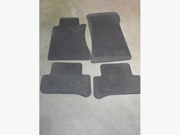 2004 Mercedes Benz C Class Winter Floor Mats