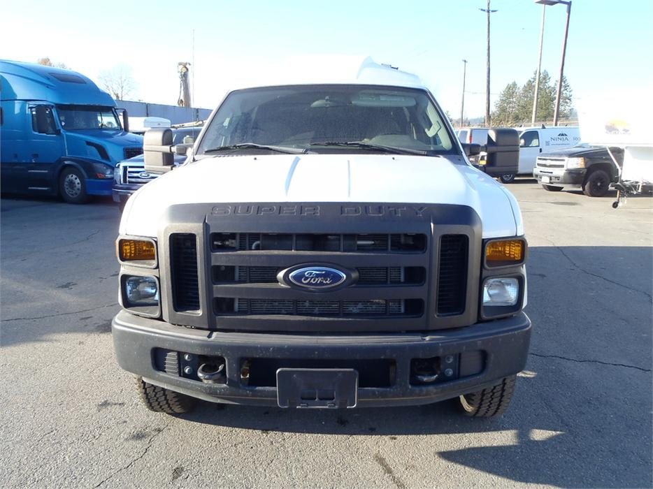 2008 ford f 350 sd xl regular cab regular box with canopy 4wd outside cowichan valley cowichan. Black Bedroom Furniture Sets. Home Design Ideas