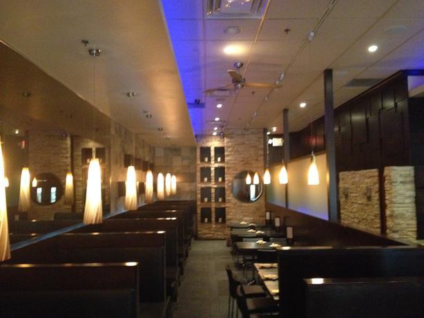 Profitable Restaurant For Sale - Kanata Centrum