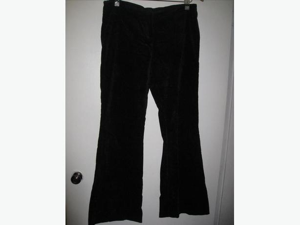 SLIMMING Jet Black Velvet Pants Size 12 CAN