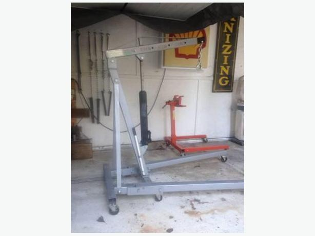 2 Ton Engine Hoist / Shop Crane Rental
