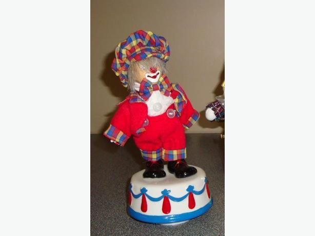 Music Box CLOWNS