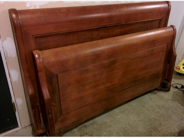 Durham Queen Size Sleigh Bed and Night side Table