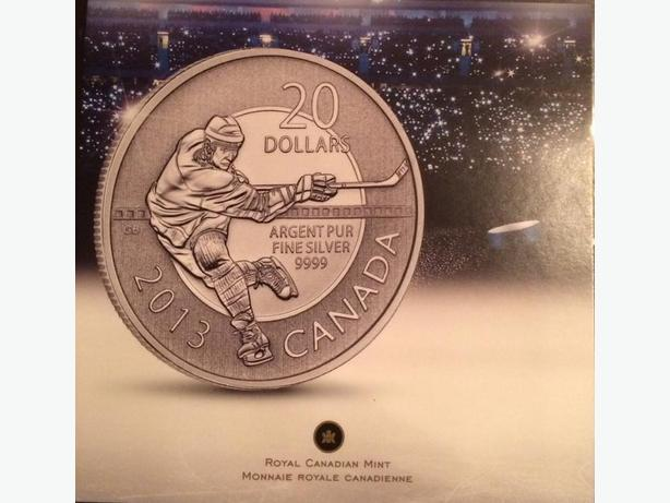 Hockey Player 2013 Fine Silver Coin