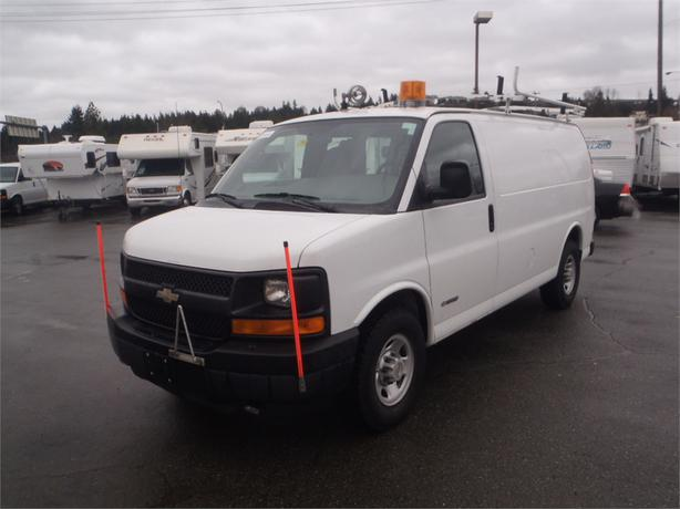 2004 chevrolet express 3500 cargo van with roof rack. Black Bedroom Furniture Sets. Home Design Ideas