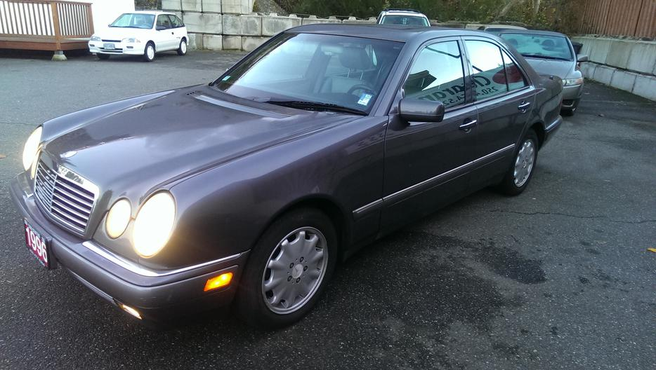 1996 mercedes benz e320 luxury sedan west shore for Mercedes benz bay ridge
