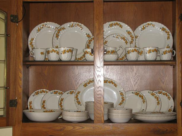 Vintage Ridgway 52PC Dinnerware Set Jewel Rose Made In England