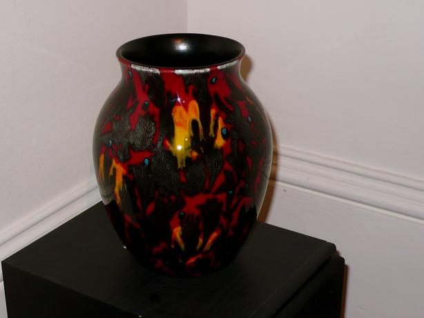 Vintage Poole Pottery Vase Made In England 834 Tall Victoria
