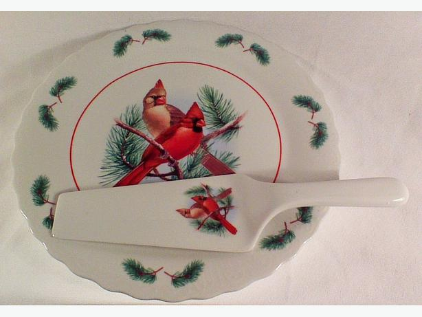 Holiday cake plate and server wedge