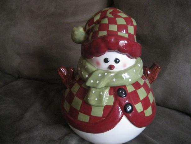 BRAND NEW - SNOWMAN cookie jar