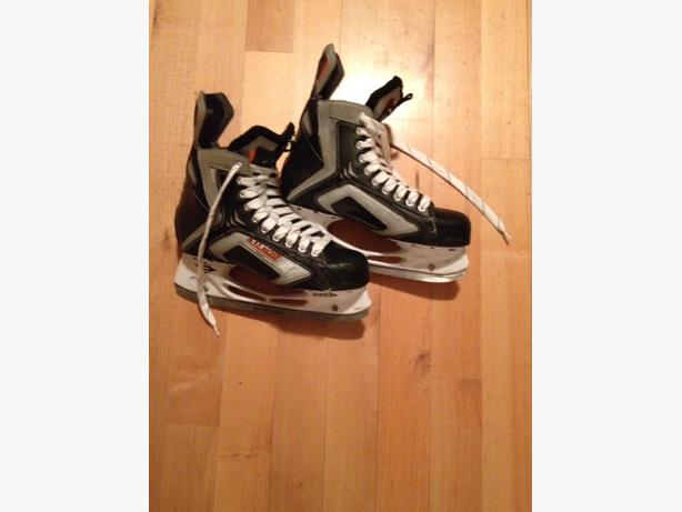 Easton SE6 Hockey Skates - Men's Size 9EE