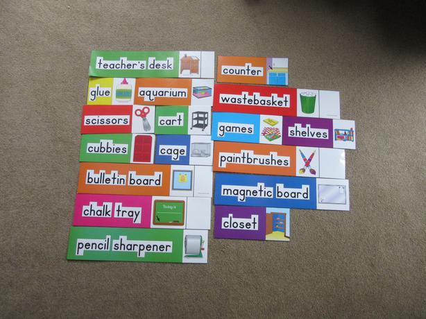 Kindergarten Pre school sight word classroom labels signs