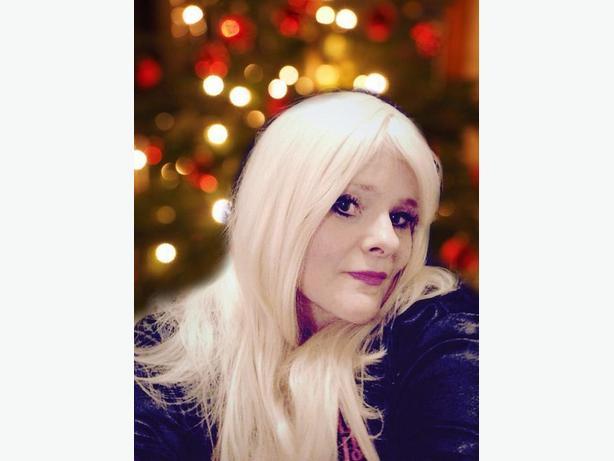 Platinum long blonde wig