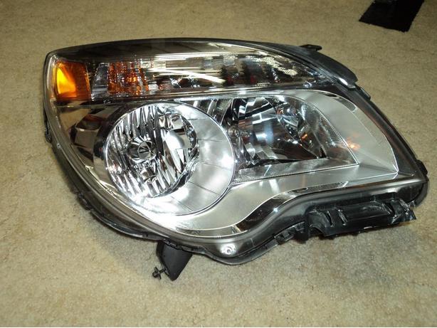 2012 Chevrolet Equinox right head light