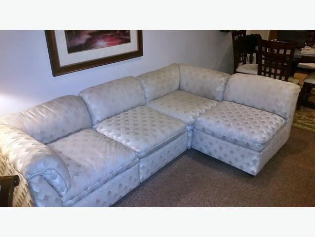 High Quality  Jordans Dansen sectional and Leather couch 2 chairs