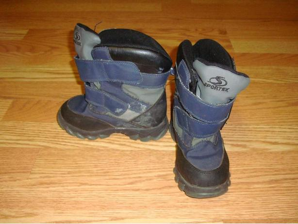Like New Winter Boots Size 10 Toddler - $5