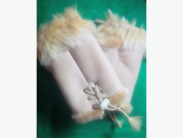 New Stylish Rabbit Fur & Suede Fingerless Gloves