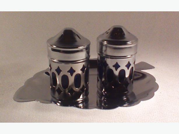Cobalt salt pepper shakers with tray