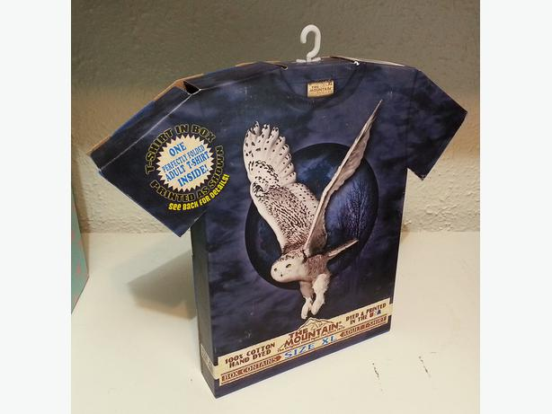 "a9a043cc7 The Mountain ""Snow Owl Moon"" XL T-Shirt New in Gift Box ..."