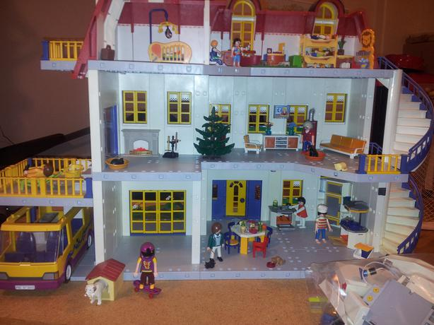 Playmobil house saanich victoria for Playmobil kinderzimmer 4287