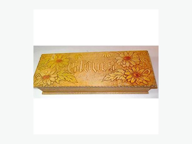 Victorian Wooden Lady's Glove Box (Circa 1900)
