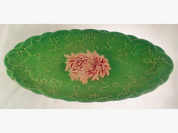 Royal Winton chrysanthemum relief ware