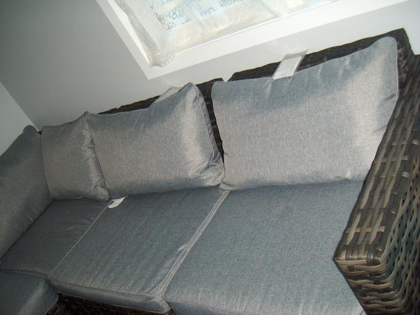 BRAND NEW GLUCKSTEINHOME Outdoor Patio sectional couch with Coffee Table. BRAND NEW GLUCKSTEINHOME Outdoor Patio sectional couch with Coffee
