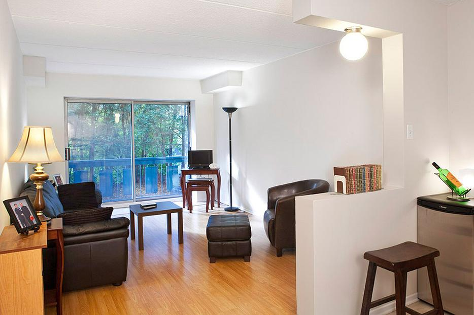 WELCOME STUDENTS! Apartments for rent at 71 Boulevard ...
