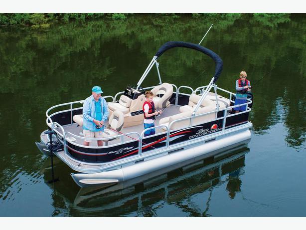 NEW 2016 Sun Tracker Bass Buggy 18 DLX