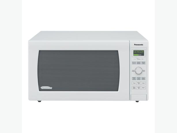 Panasonic Countertop Inverter Microwave NNSD767W 1.6 Cu Ft White
