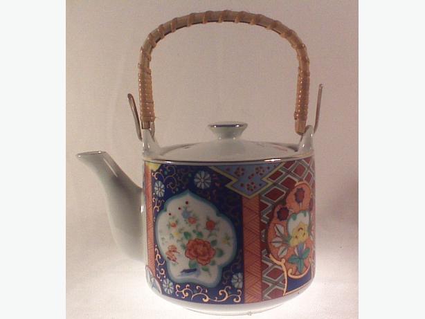 Porcelain Imari teapot bamboo handle