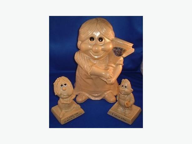 Vintage 1960's Russ Berrie Figurine Ornaments Lot of 3