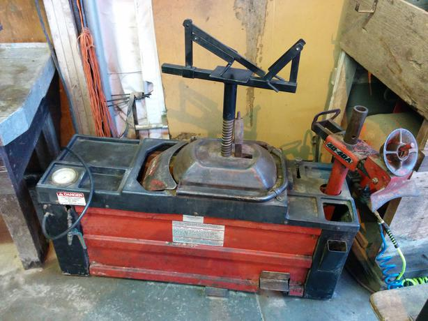 *Redused*Coats 40 - 40A Tire Machine with Extras