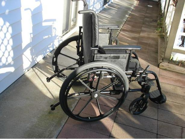HIGH END WIDE INVACARE PATRIOT WHEELCHAIR FOR SALE