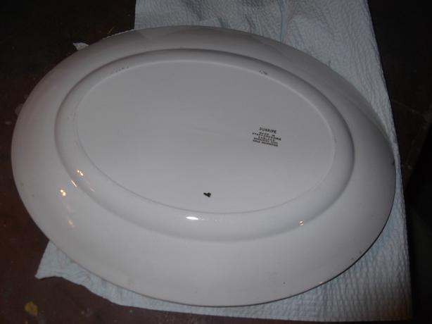 China 'Wheatsheaf' platter