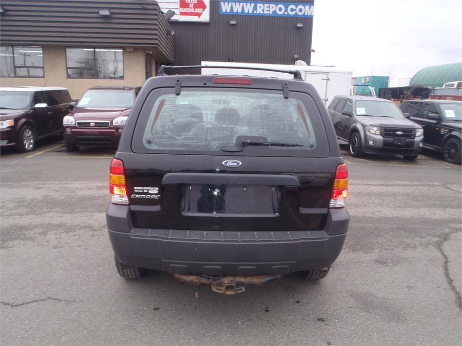 2006 ford escape xls 2wd manual outside nanaimo nanaimo. Black Bedroom Furniture Sets. Home Design Ideas