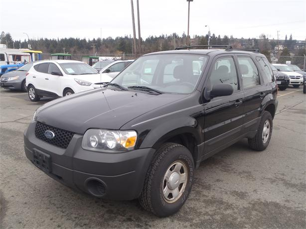 2006 ford escape xls 2wd manual outside comox valley. Black Bedroom Furniture Sets. Home Design Ideas
